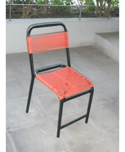 Καρέκλα μεταλλική με καλώδιο (σινεμά)